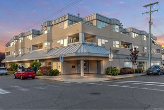 Photo 1: 204 2490 Bevan Ave in : Si Sidney South-East Condo for sale (Sidney)  : MLS®# 856667