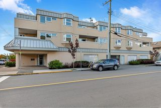 Photo 2: 204 2490 Bevan Ave in : Si Sidney South-East Condo for sale (Sidney)  : MLS®# 856667