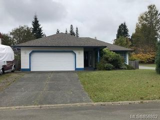 Main Photo: 1001 McBride Pl in : CV Courtenay East House for sale (Comox Valley)  : MLS®# 858802