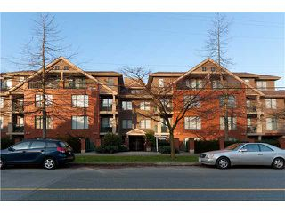 """Photo 10: 107 929 W 16TH Avenue in Vancouver: Fairview VW Condo for sale in """"Oakview Gardens"""" (Vancouver West)  : MLS®# V921322"""