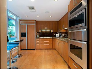 Photo 5: TH33 1281 W CORDOVA Street in Vancouver: Coal Harbour Condo for sale (Vancouver West)  : MLS®# V990509
