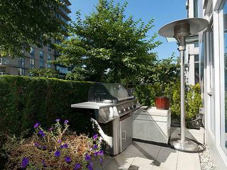 Photo 3: TH33 1281 W CORDOVA Street in Vancouver: Coal Harbour Condo for sale (Vancouver West)  : MLS®# V990509