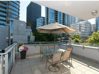 Photo 8: TH33 1281 W CORDOVA Street in Vancouver: Coal Harbour Condo for sale (Vancouver West)  : MLS®# V990509