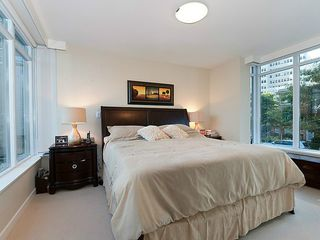 Photo 6: TH33 1281 W CORDOVA Street in Vancouver: Coal Harbour Condo for sale (Vancouver West)  : MLS®# V990509
