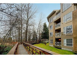 "Photo 14: 110 2551 PARKVIEW Lane in Port Coquitlam: Central Pt Coquitlam Condo for sale in ""THE CRESCENT"" : MLS®# V1041287"