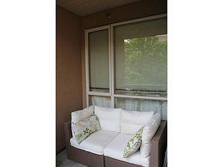 "Photo 11: 208 2175 SALAL Drive in Vancouver: Kitsilano Condo for sale in ""SAVONA"" (Vancouver West)  : MLS®# V1050244"