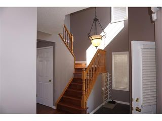 Photo 5: 25 MARTIN CROSSING Green NE in Calgary: Martindale House for sale : MLS®# C4017520