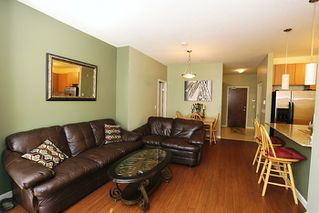 """Photo 3: 117 2477 KELLY Avenue in Port Coquitlam: Central Pt Coquitlam Condo for sale in """"SOUTH VERDE"""" : MLS®# R2050711"""