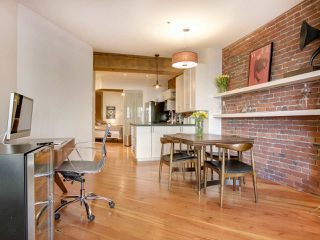 """Photo 10: 210 1178 HAMILTON Street in Vancouver: Yaletown Condo for sale in """"THE HAMILTON"""" (Vancouver West)  : MLS®# R2070538"""