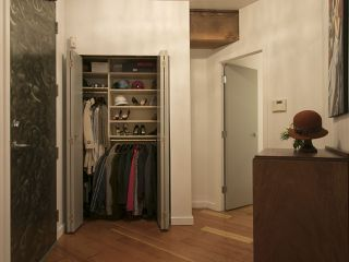 """Photo 3: 210 1178 HAMILTON Street in Vancouver: Yaletown Condo for sale in """"THE HAMILTON"""" (Vancouver West)  : MLS®# R2070538"""