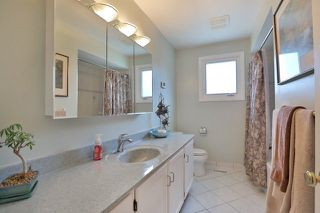 Photo 9: 1165 Grand Boulevard in Oakville: Iroquois Ridge South House (Sidesplit 4) for sale : MLS®# W3537363