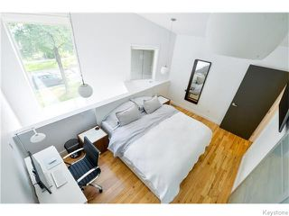 Photo 10: 703 Walker Avenue in Winnipeg: Fort Rouge Residential for sale (1Aw)  : MLS®# 1622099