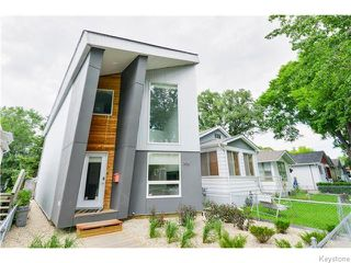 Photo 1: 703 Walker Avenue in Winnipeg: Fort Rouge Residential for sale (1Aw)  : MLS®# 1622099