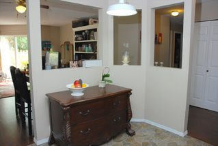 "Photo 6: 112 31831 PEARDONVILLE Road in Abbotsford: Abbotsford West Condo for sale in ""WEST POINT VILLA"" : MLS®# R2106373"