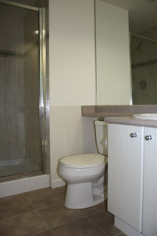 """Photo 13: 1 6611 SOUTHOAKS Crescent in Burnaby: Highgate Townhouse for sale in """"GEMINI I"""" (Burnaby South)  : MLS®# R2111213"""