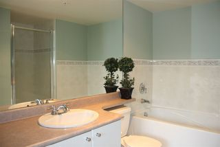 """Photo 10: 1 6611 SOUTHOAKS Crescent in Burnaby: Highgate Townhouse for sale in """"GEMINI I"""" (Burnaby South)  : MLS®# R2111213"""