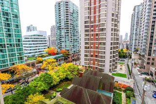 "Photo 11: 808 819 HAMILTON Street in Vancouver: Downtown VW Condo for sale in ""EIGHT ONE NINE"" (Vancouver West)  : MLS®# R2118682"