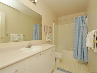 Photo 16: 11 4300 Stoneywood Lane in VICTORIA: SE Broadmead Townhouse for sale (Saanich East)  : MLS®# 372924