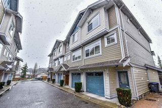Photo 1: 62 16355 82 Avenue in Surrey: Fleetwood Tynehead Townhouse for sale : MLS®# R2143847