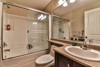 Photo 14: 62 16355 82 Avenue in Surrey: Fleetwood Tynehead Townhouse for sale : MLS®# R2143847