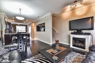 Photo 5: 62 16355 82 Avenue in Surrey: Fleetwood Tynehead Townhouse for sale : MLS®# R2143847