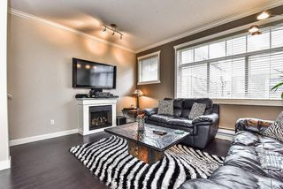 Photo 10: 62 16355 82 Avenue in Surrey: Fleetwood Tynehead Townhouse for sale : MLS®# R2143847