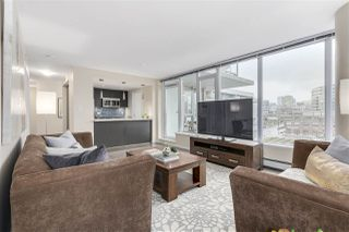 "Photo 5: 702 1887 CROWE Street in Vancouver: False Creek Condo for sale in ""PINNACLE LIVING"" (Vancouver West)  : MLS®# R2161379"