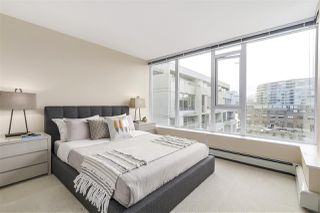"Photo 14: 702 1887 CROWE Street in Vancouver: False Creek Condo for sale in ""PINNACLE LIVING"" (Vancouver West)  : MLS®# R2161379"