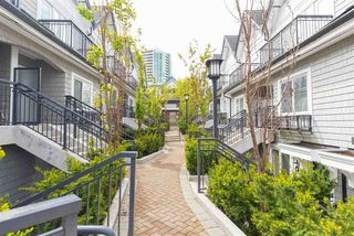 """Photo 3: 8 5655 CHAFFEY Avenue in Burnaby: Central Park BS Townhouse for sale in """"Townewalk"""" (Burnaby South)  : MLS®# R2167415"""