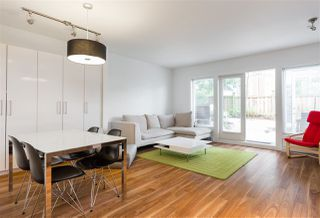"""Photo 5: 8 5655 CHAFFEY Avenue in Burnaby: Central Park BS Townhouse for sale in """"Townewalk"""" (Burnaby South)  : MLS®# R2167415"""