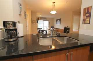 "Photo 5: 307 3240 ST JOHNS Street in Port Moody: Port Moody Centre Condo for sale in ""THE SQUARE"" : MLS®# R2168611"