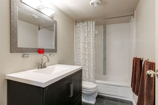 """Photo 17: 205 1721 ST. GEORGES Avenue in North Vancouver: Central Lonsdale Condo for sale in """"CEDAR HILLS"""" : MLS®# R2169585"""