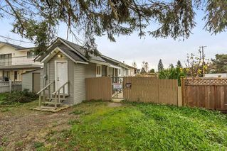 Photo 3: 11448 128 Street in Surrey: Bridgeview House for sale (North Surrey)  : MLS®# R2172454