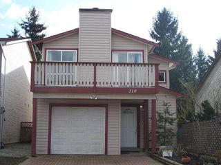 Photo 1: 218 DAVIS Crest in Langley: Home for sale : MLS®# F2730743