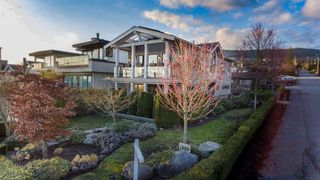 Photo 2: 1205 CLYDE Avenue in West Vancouver: Ambleside House for sale : MLS®# R2199161