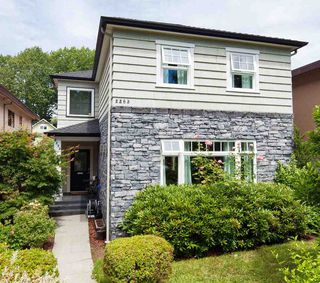 Photo 18: 2263 E 8TH AVENUE in Vancouver: Grandview VE House for sale (Vancouver East)  : MLS®# R2186737