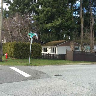 Photo 2: 15391 26 AVENUE in South Surrey White Rock: Home for sale : MLS®# R2034119