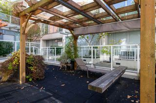 """Photo 14: 2306 550 TAYLOR Street in Vancouver: Downtown VW Condo for sale in """"THE TAYLOR"""" (Vancouver West)  : MLS®# R2213216"""