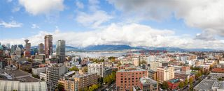 """Photo 16: 2306 550 TAYLOR Street in Vancouver: Downtown VW Condo for sale in """"THE TAYLOR"""" (Vancouver West)  : MLS®# R2213216"""