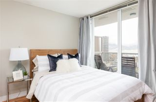 """Photo 8: 2306 550 TAYLOR Street in Vancouver: Downtown VW Condo for sale in """"THE TAYLOR"""" (Vancouver West)  : MLS®# R2213216"""