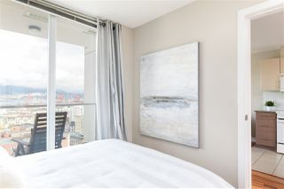 """Photo 9: 2306 550 TAYLOR Street in Vancouver: Downtown VW Condo for sale in """"THE TAYLOR"""" (Vancouver West)  : MLS®# R2213216"""