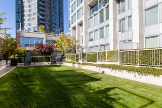 """Photo 13: 2306 550 TAYLOR Street in Vancouver: Downtown VW Condo for sale in """"THE TAYLOR"""" (Vancouver West)  : MLS®# R2213216"""