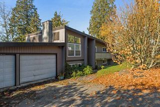 """Photo 1: 14628 SOUTHVIEW Drive in Surrey: Sullivan Station House for sale in """"PANORAMA RIDGE east side"""" : MLS®# R2214798"""