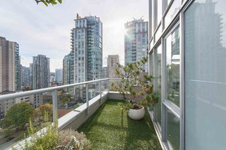 "Photo 19: 1207 822 SEYMOUR Street in Vancouver: Downtown VW Condo for sale in ""L'aria"" (Vancouver West)  : MLS®# R2215958"