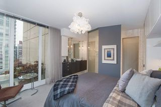 "Photo 11: 1207 822 SEYMOUR Street in Vancouver: Downtown VW Condo for sale in ""L'aria"" (Vancouver West)  : MLS®# R2215958"