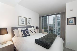 "Photo 14: 1207 822 SEYMOUR Street in Vancouver: Downtown VW Condo for sale in ""L'aria"" (Vancouver West)  : MLS®# R2215958"