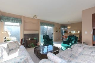 "Photo 4: 133 15988 83 Avenue in Surrey: Fleetwood Tynehead Townhouse for sale in ""Glenridge"" : MLS®# R2220361"