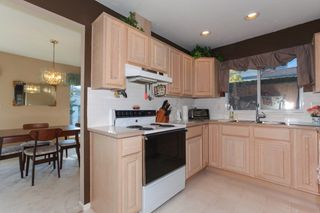 "Photo 10: 133 15988 83 Avenue in Surrey: Fleetwood Tynehead Townhouse for sale in ""Glenridge"" : MLS®# R2220361"
