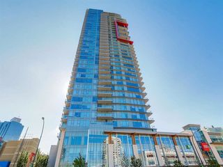 "Photo 1: 3109 4688 KINGSWAY in Burnaby: Metrotown Condo for sale in ""STATION SQUARE 1"" (Burnaby South)  : MLS®# R2222304"