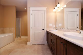 "Photo 19: 35488 JADE Drive in Abbotsford: Abbotsford East House for sale in ""Eagle Mountain"" : MLS®# R2222601"